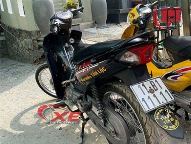 Dân chơi Tiền Giang chi 300 triệu đồng chơi xe biển một chữ số Ảnh 2