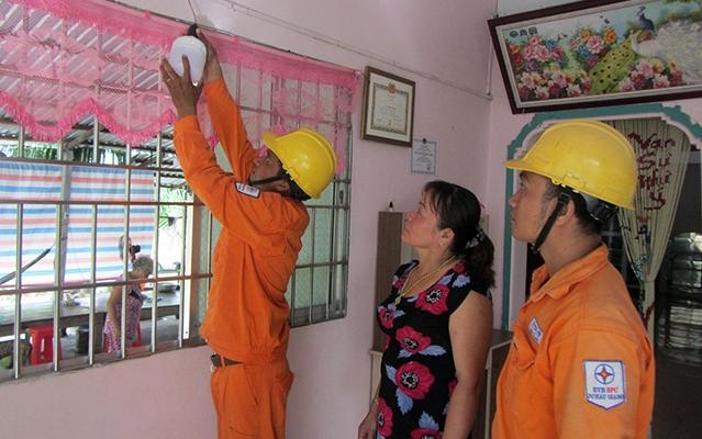 Hậu Giang nỗ lực đưa điện về nông thôn Ảnh 1
