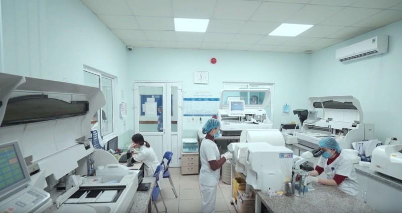 Hỗ trợ thực hiện thụ tinh trong ống nghiệm miễn phí cho 10 cặp vợ chồng vô sinh Ảnh 1