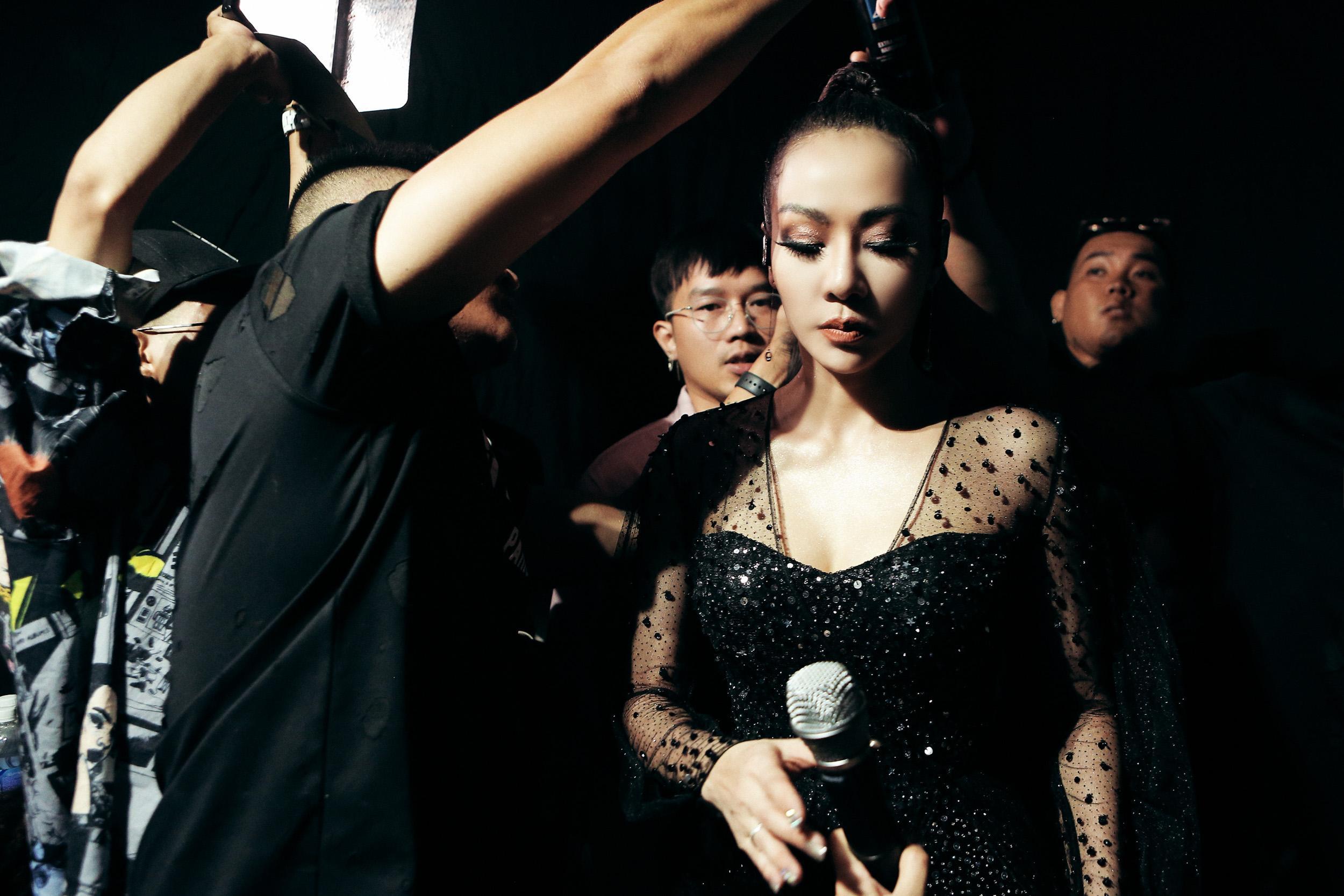 Bí ẩn các thiết kế lấp lánh của ca sĩ Thu Minh trong 'I AM DIVA' Ảnh 5