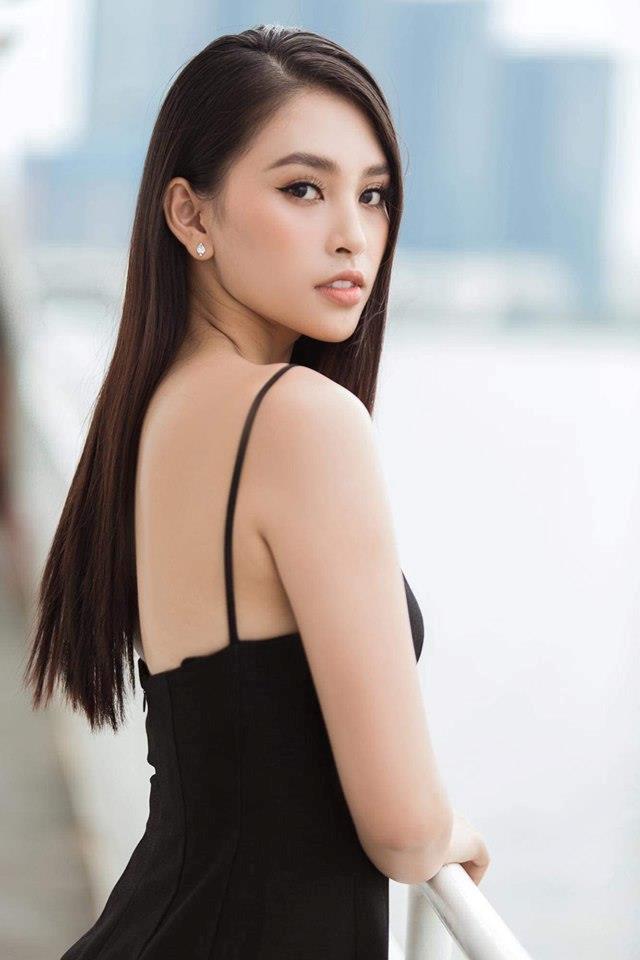 Hoa hậu Tiểu Vy ngày càng gợi cảm, táo bạo ở tuổi 19 Ảnh 7