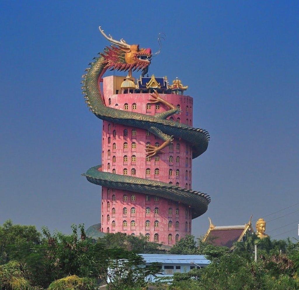 Khám phá ngôi đền rồng Wat Samphran linh thiêng của Thái Lan Ảnh 2
