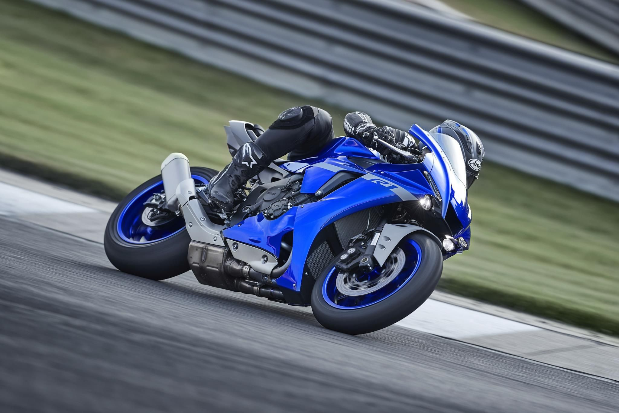 Yamaha YZF-R1 2020 chính thức lộ diện, giống hệt R6 Ảnh 7