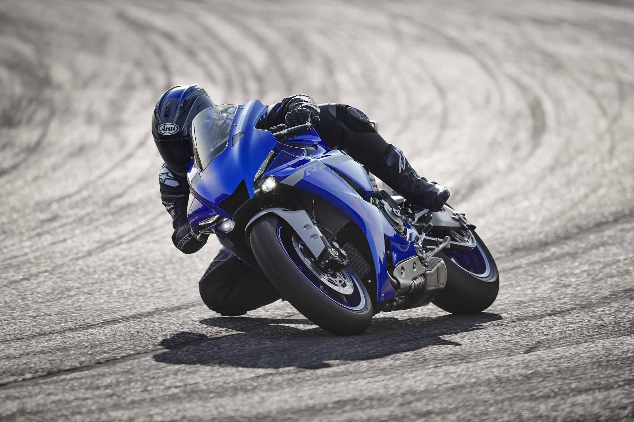 Yamaha YZF-R1 2020 chính thức lộ diện, giống hệt R6 Ảnh 3