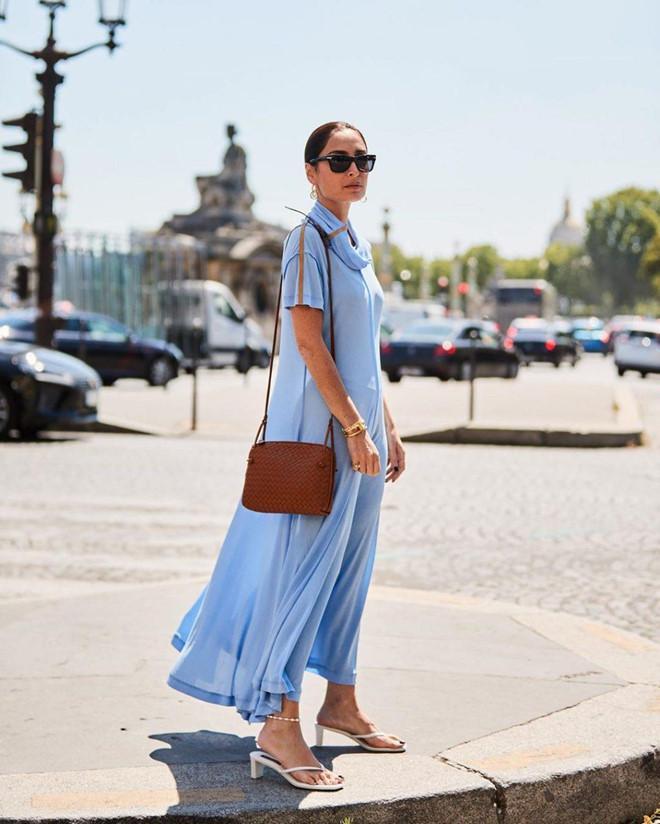 Giày mũi vuông trở lại, 'thống lĩnh' xu hướng thời trang đường phố Ảnh 3
