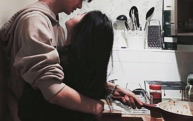 Đăng đàn chê trách bạn gái 'chỉ biết ăn mà không biết nấu', chàng trai vô tình khiến dân mạng tranh cãi gay gắt Ảnh 1