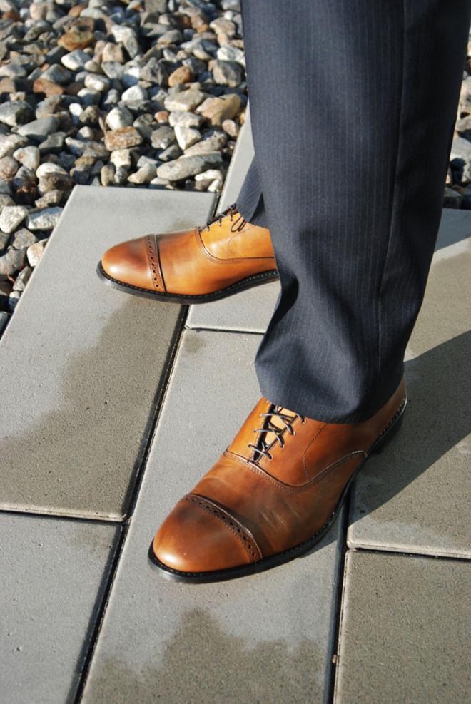 Mặc suit nên phối giày tây như thế nào? Ảnh 3