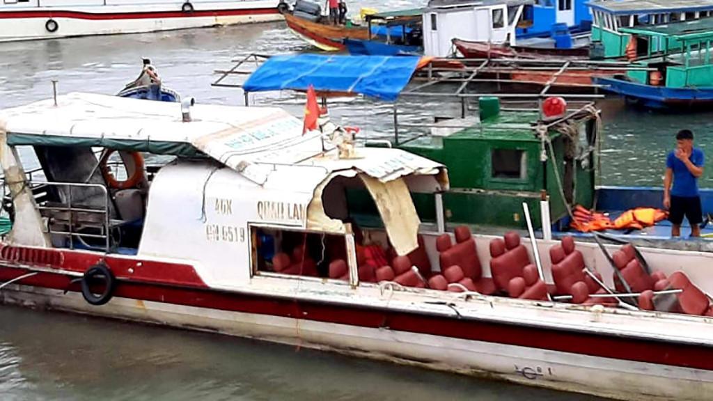 Quảng Ninh: Tàu cá đâm ngang tàu cao tốc chở khách, 3 người bị thương Ảnh 1