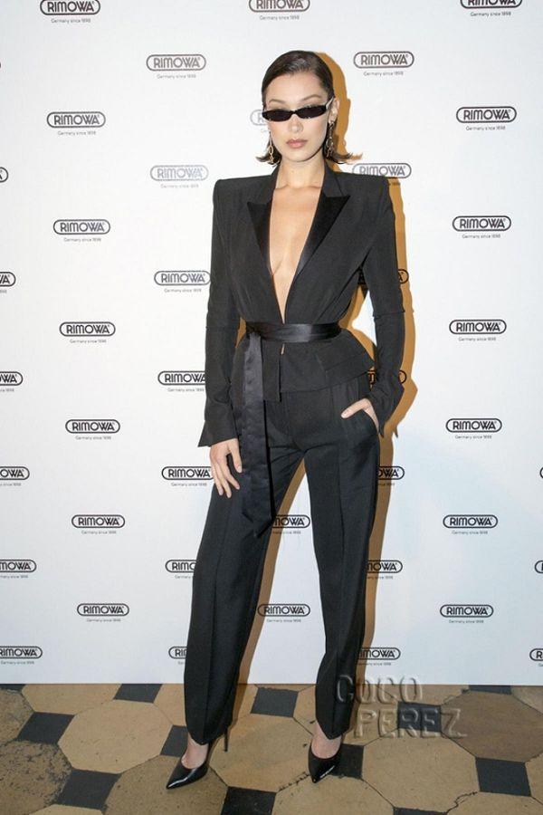 Muôn vàn kiểu diện vest không nội y càn quét Hollywood đến sao Việt như Mai Phương Thúy, Ngọc Trinh Ảnh 4
