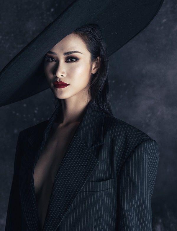 Muôn vàn kiểu diện vest không nội y càn quét Hollywood đến sao Việt như Mai Phương Thúy, Ngọc Trinh Ảnh 10