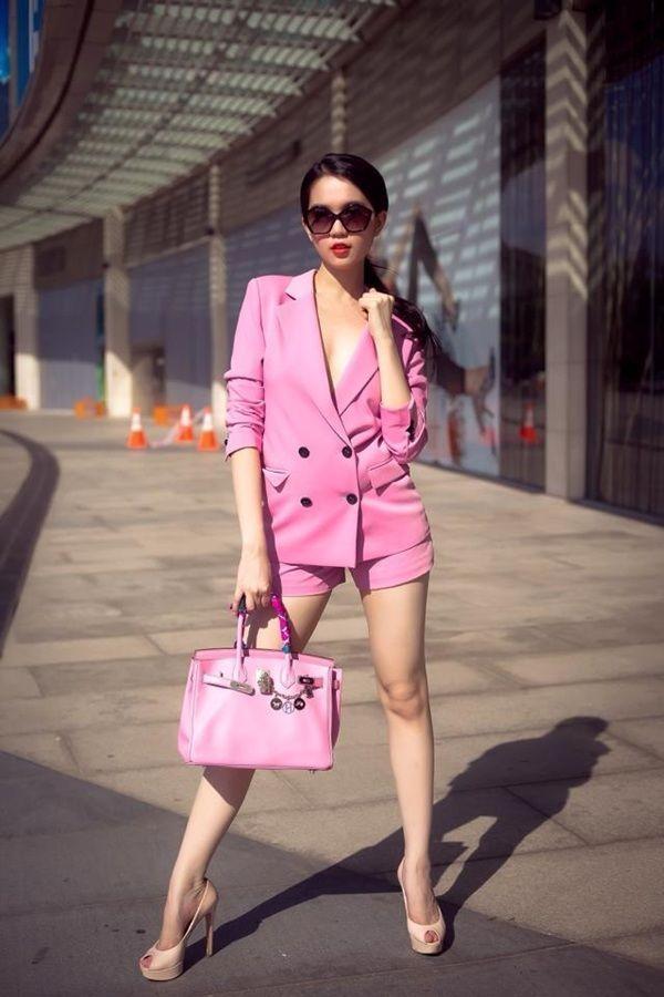Muôn vàn kiểu diện vest không nội y càn quét Hollywood đến sao Việt như Mai Phương Thúy, Ngọc Trinh Ảnh 7