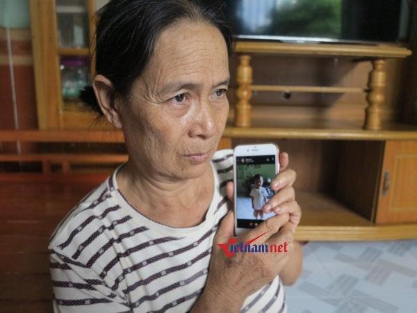 Em bé bị cho đi lúc 9 tháng tuổi, khóc thét ngày gặp lại mẹ Ảnh 4