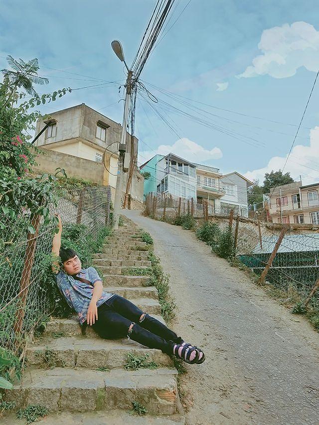 Bộ ảnh 'ngủ gật' của 9x Bình Thuận gây 'bão mạng' vì tư thế tạo dáng khó đỡ Ảnh 2