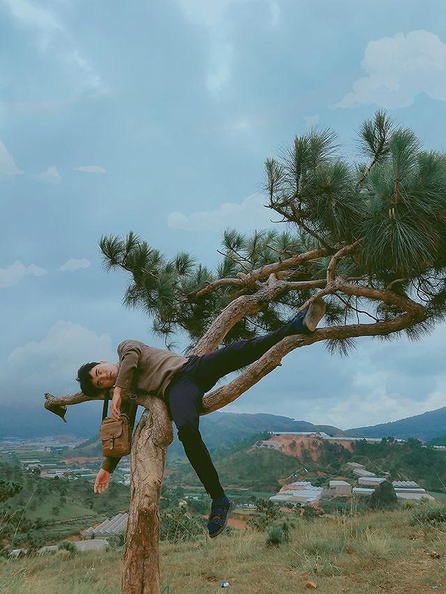 Bộ ảnh 'ngủ gật' của 9x Bình Thuận gây 'bão mạng' vì tư thế tạo dáng khó đỡ Ảnh 6