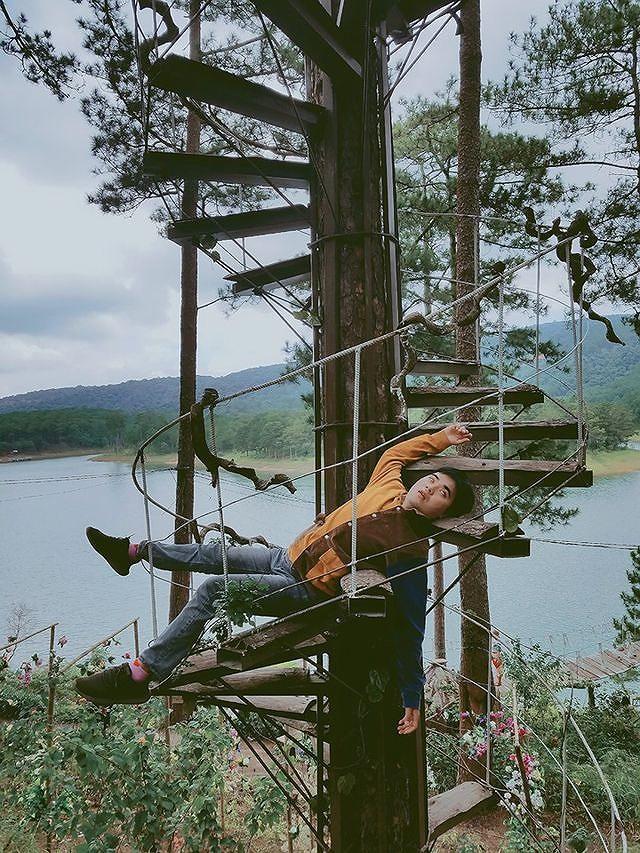 Bộ ảnh 'ngủ gật' của 9x Bình Thuận gây 'bão mạng' vì tư thế tạo dáng khó đỡ Ảnh 3