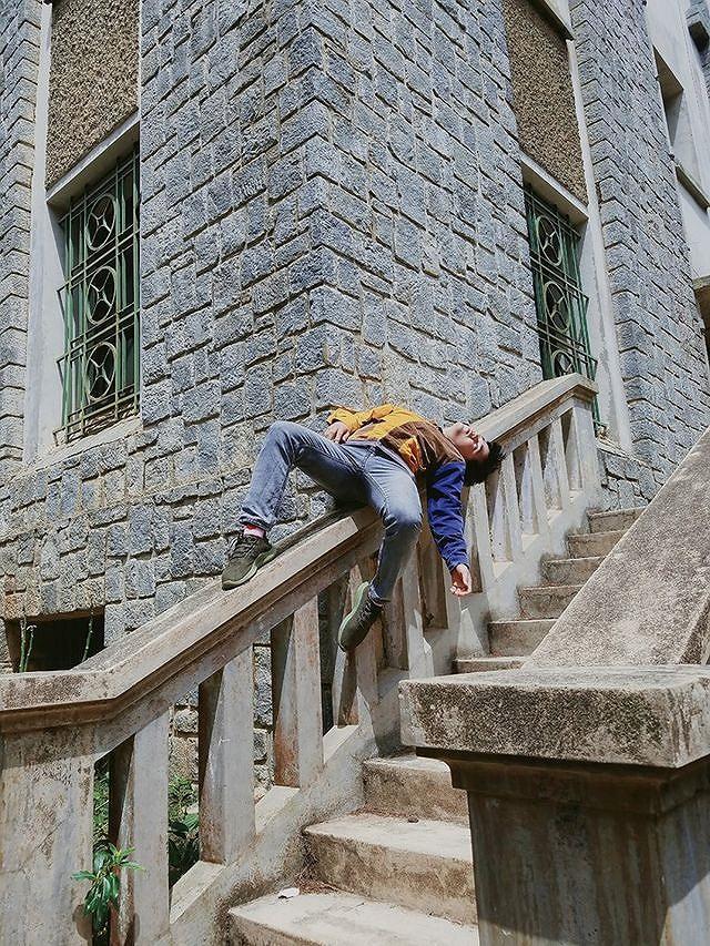 Bộ ảnh 'ngủ gật' của 9x Bình Thuận gây 'bão mạng' vì tư thế tạo dáng khó đỡ Ảnh 8