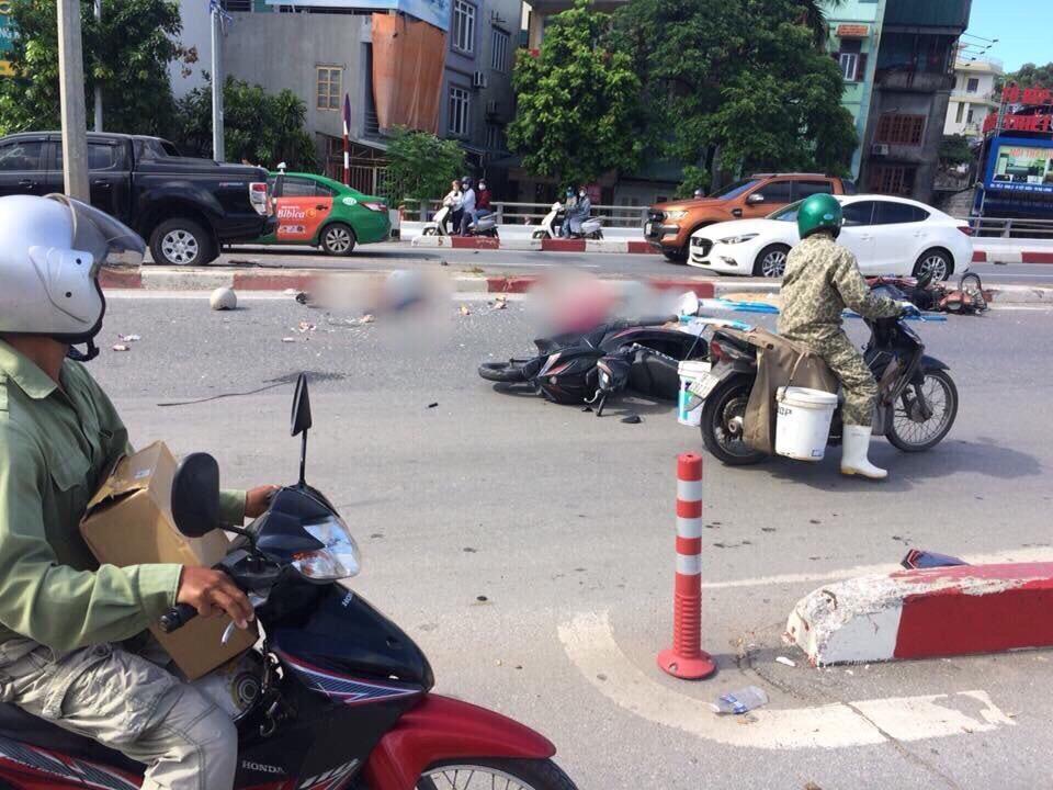 Hiện trường vụ xe giường nằm hất tung 12 xe máy và 2 ô tô, 2 người chết Ảnh 3