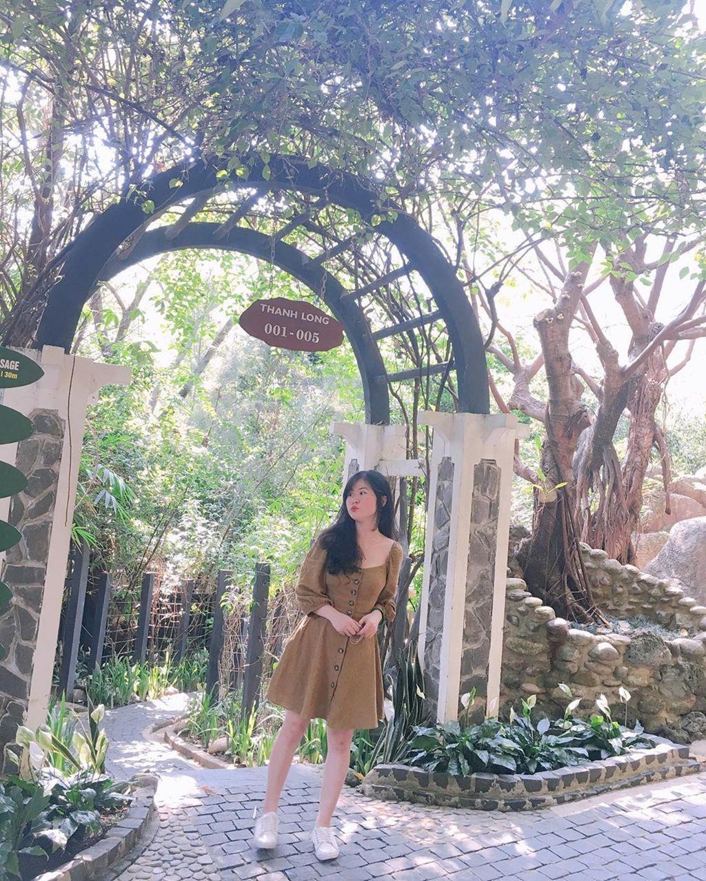 'Tắm tiên' thả ga tại suối khoáng nóng đẹp quên lối về ở Đà Nẵng Ảnh 13