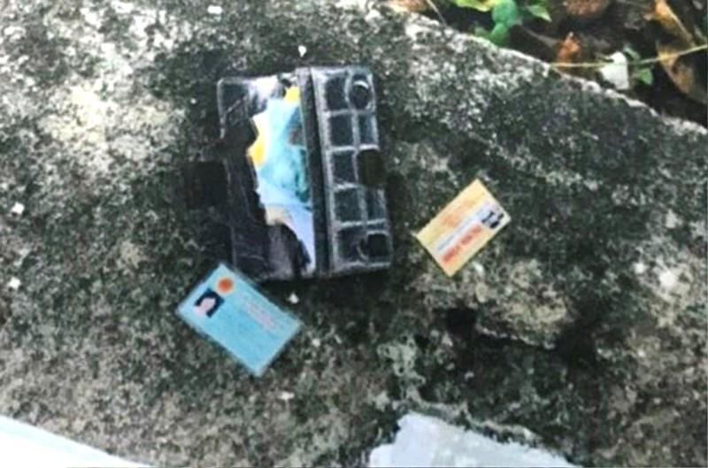 Mẹ ngồi sau xe con trai bị tên cướp giật ví ở Đà Nẵng Ảnh 3