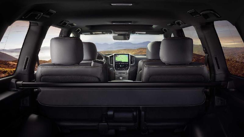 Toyota Land Cruiser phiên bản đặc biệt chỉ 1.200 xe trên toàn quốc Ảnh 7