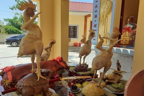 Độc đáo 'phi đội gà bay' trên mâm cúng rằm tháng 7 ở Hà Tĩnh Ảnh 1