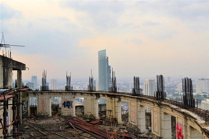 Lạnh gáy với 'Tòa tháp ma' chọc trời giữa lòng Bangkok Ảnh 8