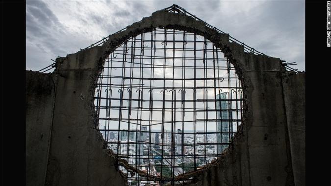 Lạnh gáy với 'Tòa tháp ma' chọc trời giữa lòng Bangkok Ảnh 7