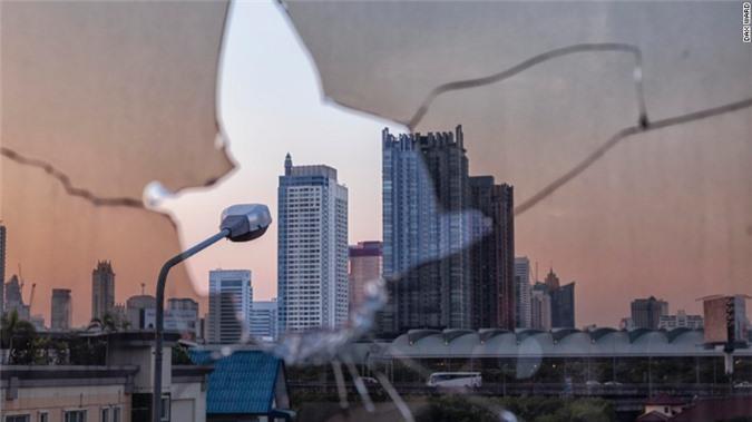 Lạnh gáy với 'Tòa tháp ma' chọc trời giữa lòng Bangkok Ảnh 12