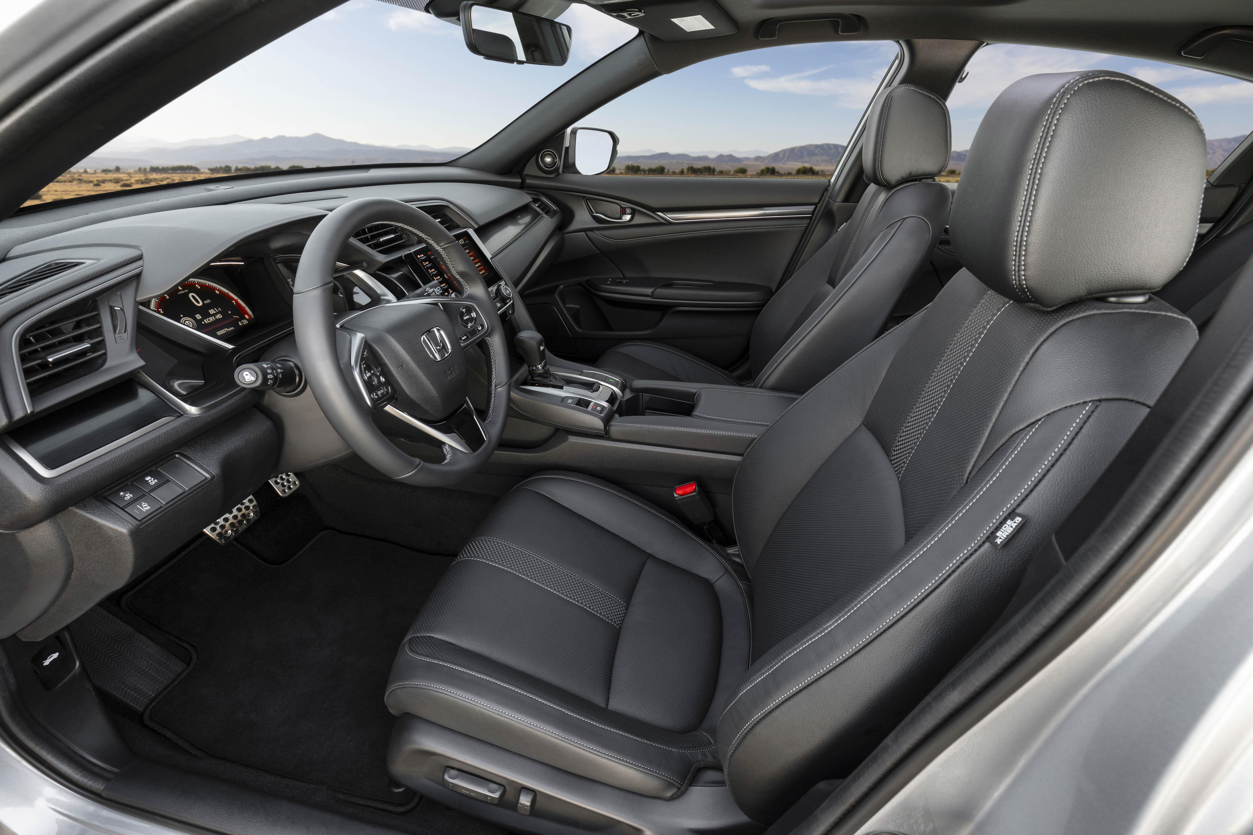 Honda Civic Hatchback 2020 nâng cấp ra mắt giá từ 21.650 USD Ảnh 8