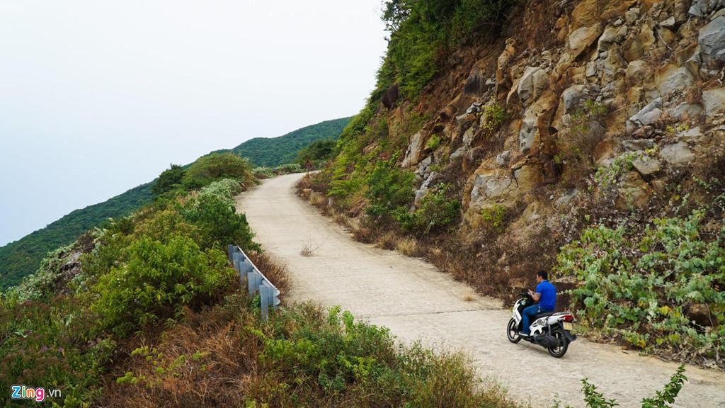 Đi xe tay ga trên đường đèo dốc - nguy hiểm hơn, cần nhiều kỹ năng hơn Ảnh 1