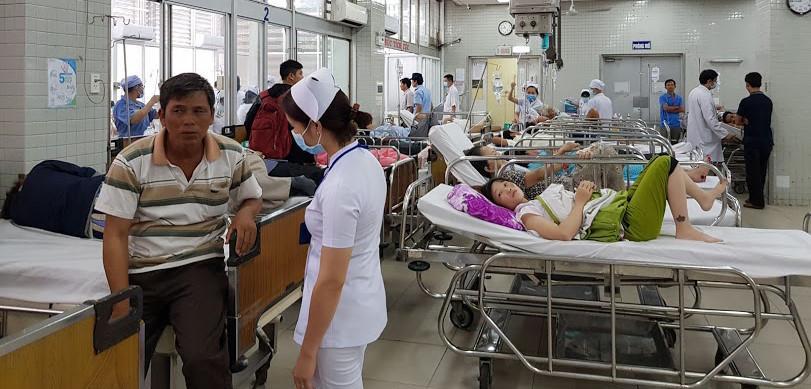 'Xé' quy trình, cứu bệnh nhân: Lo cho bác sĩ Ảnh 1