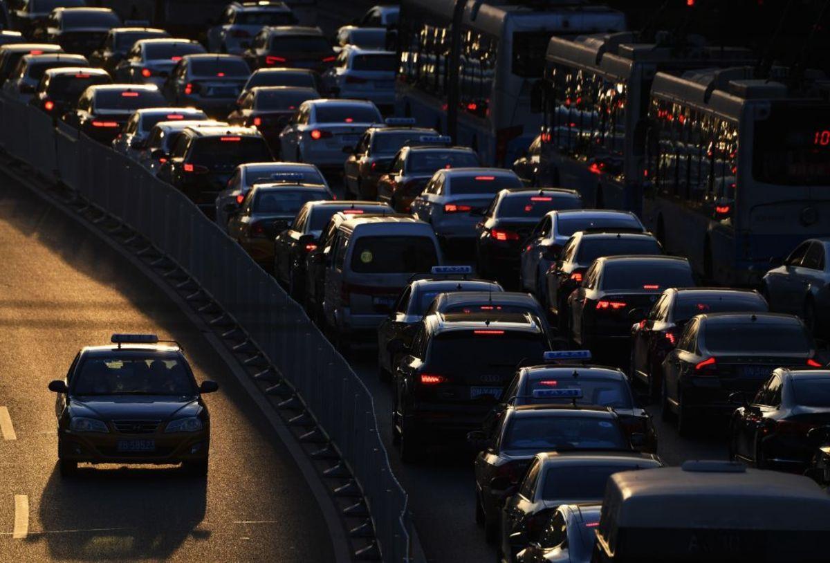 Trung Quốc tham vọng đưa xe điện đạt 60% doanh số ô tô năm 2035 Ảnh 1