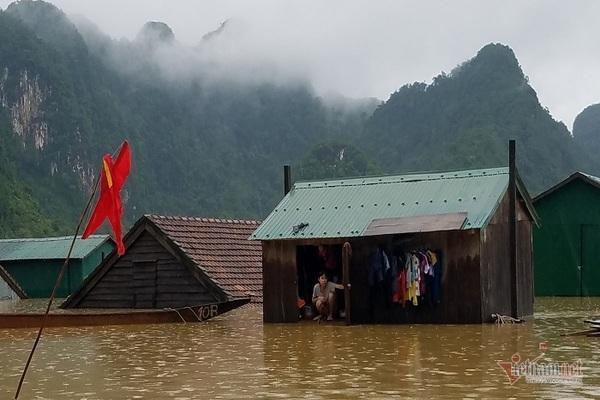 Nhờ sáng tạo này, dân Quảng Bình không phải lên núi trú ẩn khi lũ ập Ảnh 4