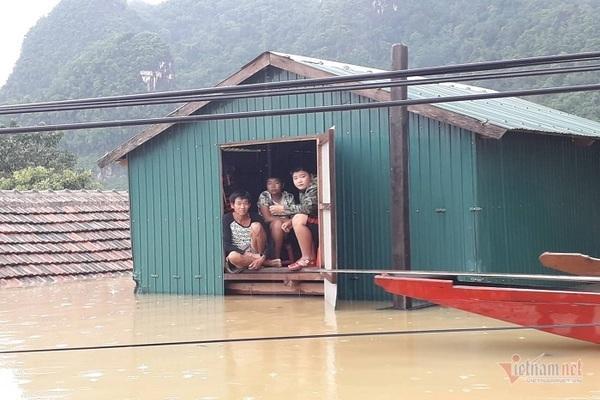 Nhờ sáng tạo này, dân Quảng Bình không phải lên núi trú ẩn khi lũ ập Ảnh 2