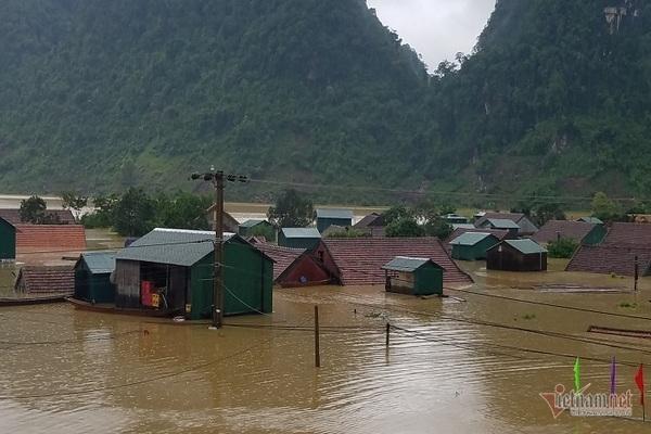 Nhờ sáng tạo này, dân Quảng Bình không phải lên núi trú ẩn khi lũ ập Ảnh 1