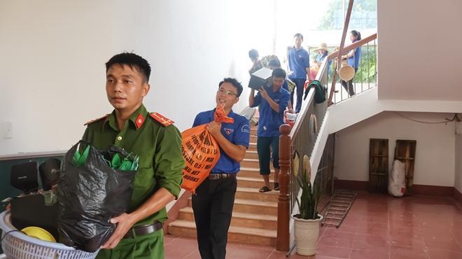Công an tỉnh Hà Tĩnh: Tình người vùng tâm lũ Ảnh 9