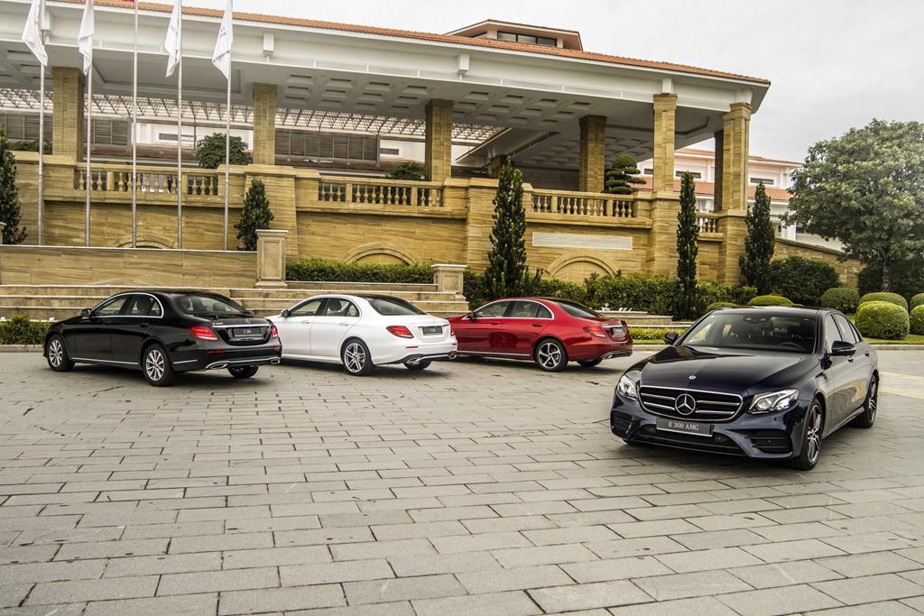 Mercedes-Benz E 300 AMG trở lại Việt Nam, giá hơn 2,8 tỷ Ảnh 1