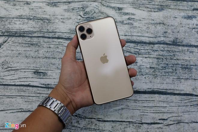 iPhone 11 Pro Max thương mại đầu tiên tại VN Ảnh 2