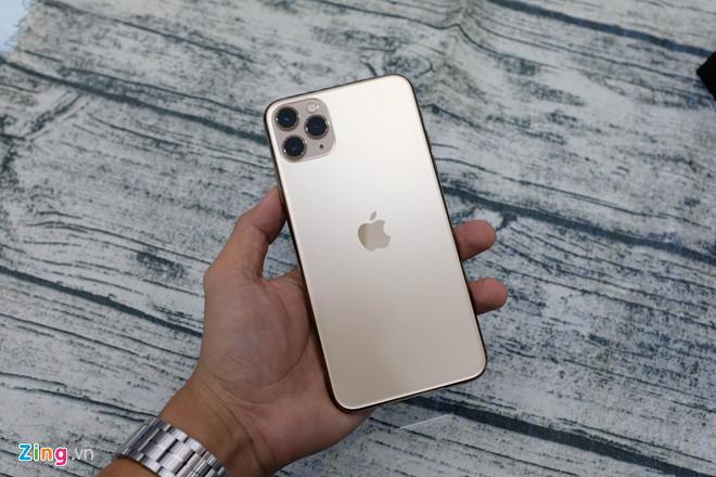 iPhone 11 Pro Max thương mại đầu tiên tại VN Ảnh 3