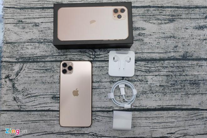iPhone 11 Pro Max thương mại đầu tiên tại VN Ảnh 9