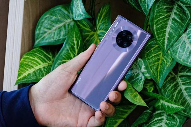 Huawei Mate 30 Pro ra mắt - 4 camera, sạc siêu tốc, giá 1.216 USD Ảnh 2