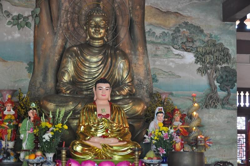 Ngôi chùa có tượng Phật Di Lặc lớn nhất trên đỉnh núi ở châu Á. Ảnh 2