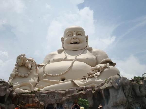 Ngôi chùa có tượng Phật Di Lặc lớn nhất trên đỉnh núi ở châu Á. Ảnh 5
