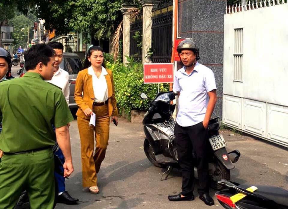 Người dân ùn ùn đến công an trình báo sau khi Chủ tịch Alibaba bị bắt Ảnh 2