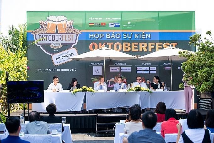 Trải nghiệm Oktoberfest chính thống tại Việt Nam Ảnh 1