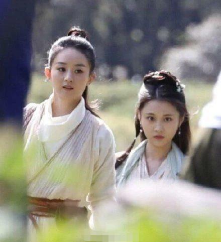 Triệu Lệ Dĩnh bị dân mạng Trung chê già và kém sắc khi sánh vai với đàn em Trương Huệ Văn trong 'Hữu phỉ' Ảnh 1