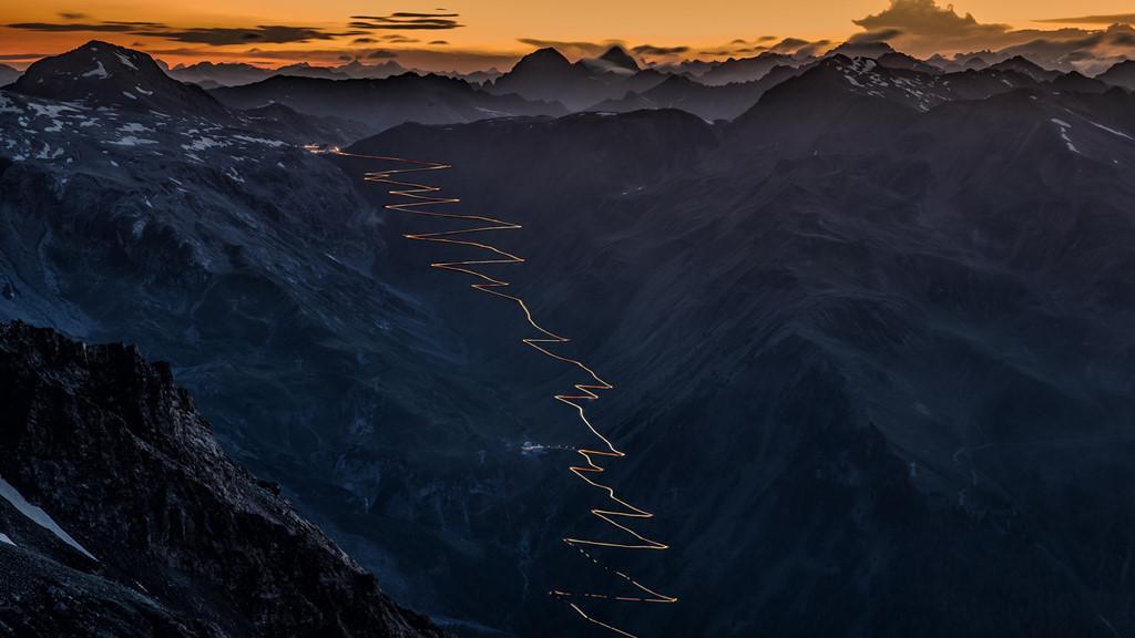 9 cung đường đèo nguy hiểm thế giới, thách thức mọi tay lái Ảnh 5