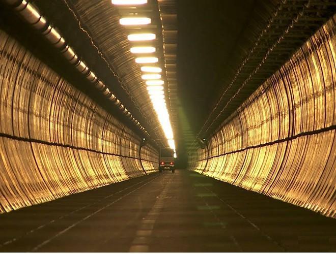 Chiêm ngưỡng những đường hầm đặc biệt nhất thế giới khiến nhiều người ngỡ ngàng Ảnh 9