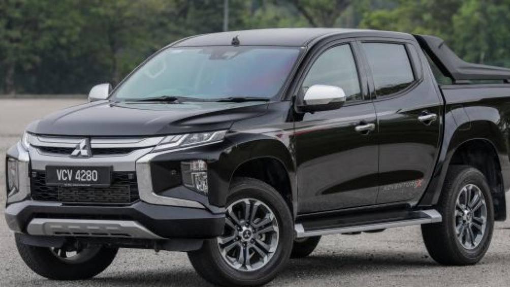 Mitsubishi Triton nâng cấp trang bị, quyết đấu Ford Ranger Ảnh 1