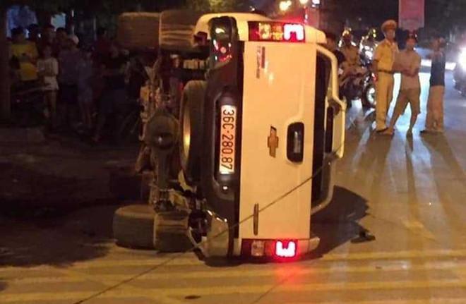 Thanh niên điều khiển xe bán tải tông 2 người đi Exciter ra đầu thú Ảnh 2